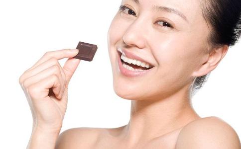 吃巧克力有没有好处 吃巧克力的好处有哪些 吃巧克力有什么好处