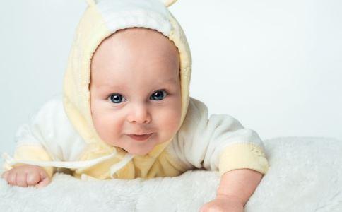 宝宝唇腭裂的原因 如何避免胎儿唇腭裂 怎样预防宝宝唇腭裂