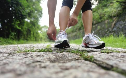 怎么避免跑步后肌肉酸痛 避免肌肉酸痛的方法 如何避免肌肉酸痛
