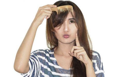 如何梳头好 如何选购梳子 梳子有什么好处