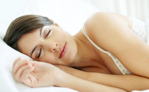 睡多久最健康 睡觉的恶性循环 睡觉的建议