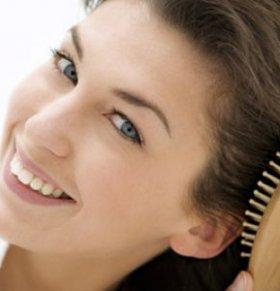 梳头的好处 经常梳头的好处 春季养生