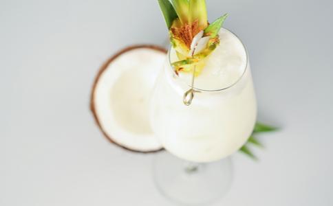 孕妇吃椰子 孕妇可以吃椰子吗 孕妇吃椰子的注意事项