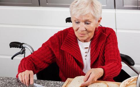 老年人便秘怎么办 老年人便秘是什么原因 老年人便秘如何调理
