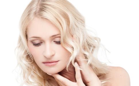脸颊长痘是什么原因 额头长痘是什么原因 鼻子长痘是什么原因