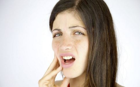 神经性牙痛有什么症状 神经性牙痛如何预防 神经性牙痛如何缓解