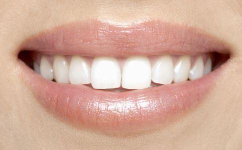 牙痛有什么症状 牙痛怎么治疗 牙痛不治有什么危害