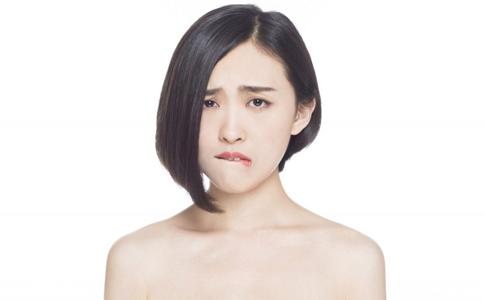 职业女性的短发造型 适合职业女性的短发 白领的短发造型
