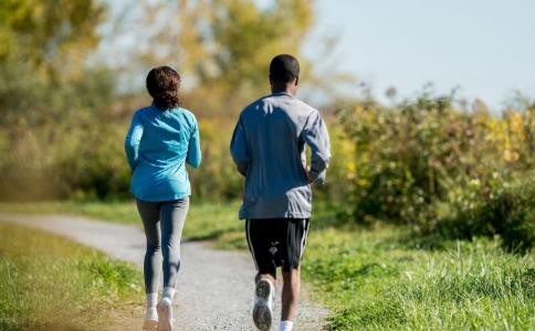 跑步健身注意事项 跑步运动要注意什么 春季运动注意事项