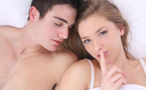 乙肝夫妻生活中要注意哪些 亲吻会传播吗 乙肝患者结婚会传染给对方吗