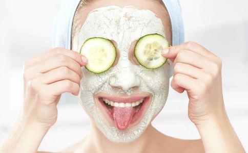 自制面膜有效果吗 自制黄瓜面膜可以用吗 自制面膜对于人体有害吗