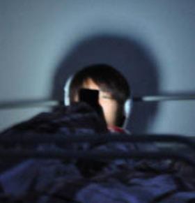 专家称不良生活习惯是导致年轻人猝死原因