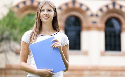 青春期女孩有什么心理 青春期少女如何保健 青春期少女心理分析