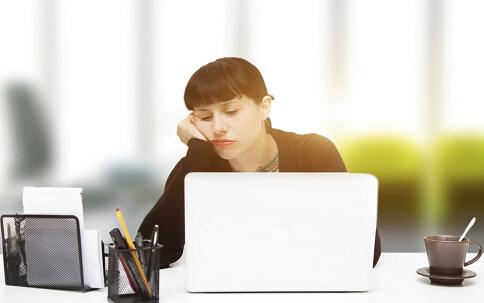 如何消除眼疲劳 消除眼疲劳有哪些方法 什么方法可以消除眼疲劳