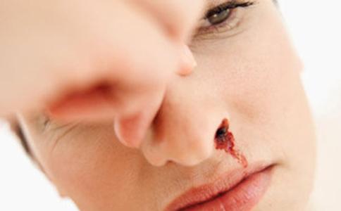 鼻咽癌的症状有哪些 鼻咽癌该如何预防 怎么预防鼻咽癌