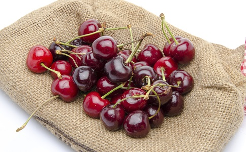 排毒美体的食物有哪些 哪些食物可以排毒美体 排毒的食物