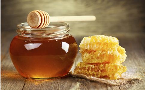 如何鉴别真蜂蜜和假蜂蜜