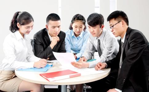 如何活跃团体 如何营造一个和谐的团队 团体运动