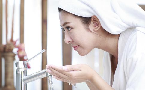 美容护肤的误区有哪些 美容护肤常见误区是什么 美容护肤错误方法是什么