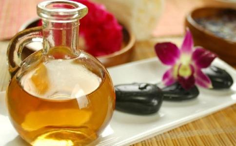 薰衣草精油的四种美肤用法