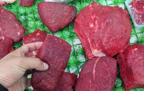 查获上万斤问题牛肉 如何辨别真假牛肉 真假牛肉怎么辨别