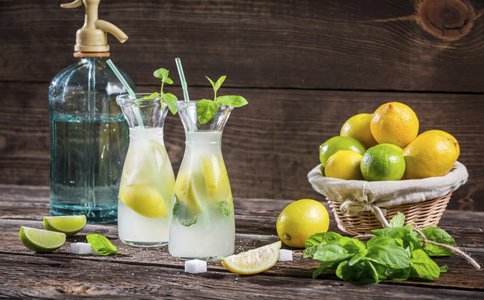 柠檬水美白瘦身的方法 柠檬水能减肥吗 柠檬水减肥效果好吗
