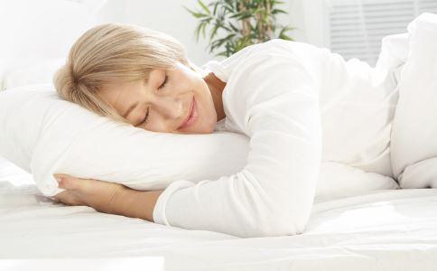 老人如何正确的午睡 老人午睡好么 老人午睡有什么禁忌
