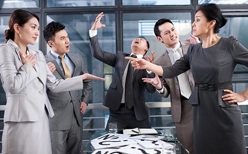 职场男士该如何减压 职场如何减压 职场减压的方法
