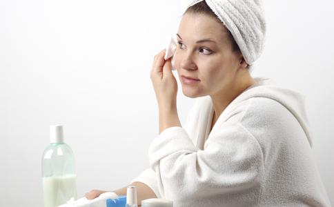 皮肤出油怎么办 皮肤如何控油 皮肤去油有哪些误区