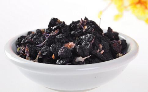 哪些人不适合吃黑枸杞 枸杞的功效 黑枸杞的养生功效