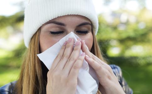 鼻咽癌的常见原因有哪些 鼻咽癌的治疗方法是什么 鼻咽癌该如何治疗