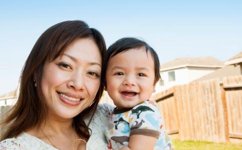 宝宝口腔溃疡的症状有哪些 宝宝口腔溃疡怎么办 宝宝口腔溃疡如何护理