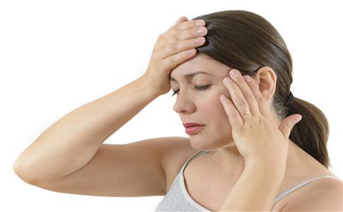 耳朵红肿是上火 从耳朵一眼辨别疾病
