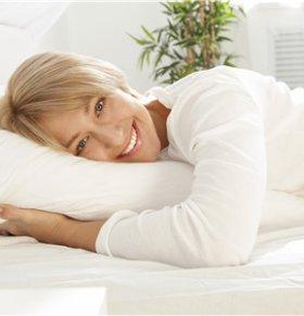 睡前喝咖啡可影响褪黑激素分泌