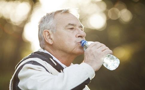 老人運動要注意什麼老人登山注意事項老人五大注意事項