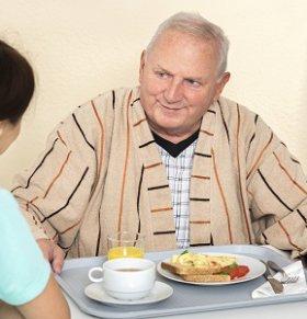 怎么吃才能让老人更长寿