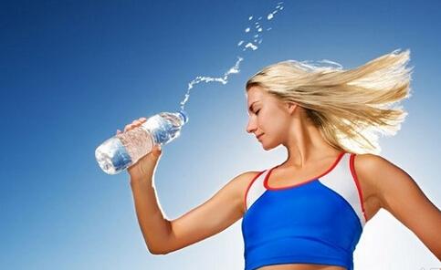 运动饮料抗疲劳吗 运动后喝什么好
