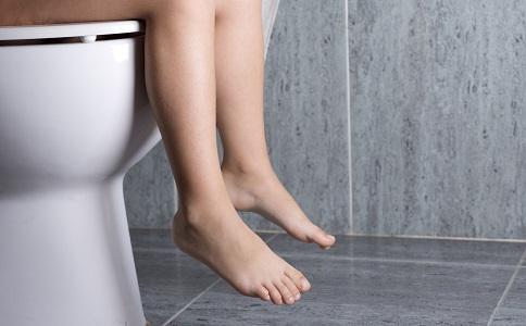 老人上廁所老人上廁所的注意事項老人上廁所要注意什麼
