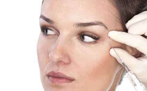 眼部肌肤要如何保养 保养眼部肌肤的方法 眼部肌肤保养大全