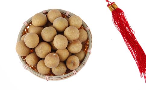 女性冬季吃桂圆的好处 女性冬季吃桂圆的食谱 吃桂圆的禁忌人群