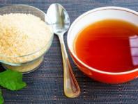 去黑头小诀窍:红糖茶叶能去黑头