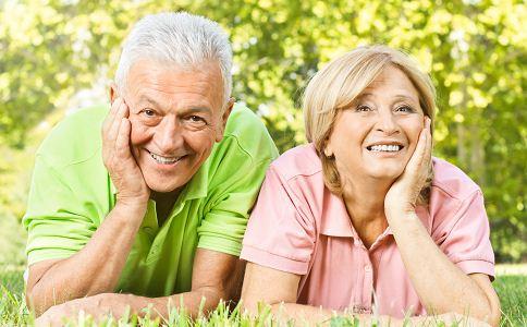 老年痴呆不同阶段的症状 如何预防老年痴呆 老年痴呆的人数