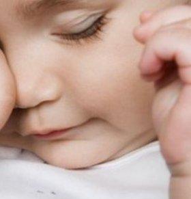 小月龄宝宝哄睡.小月龄宝宝.小月龄