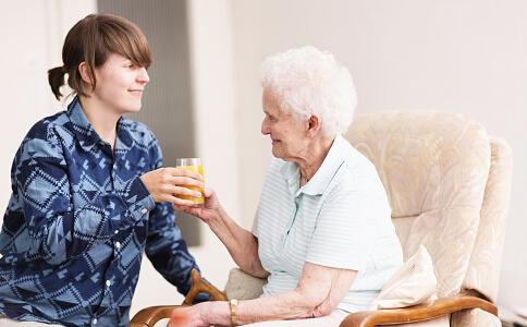 婆媳该如何相处 婆媳关系该怎样相处 婆媳相处技巧