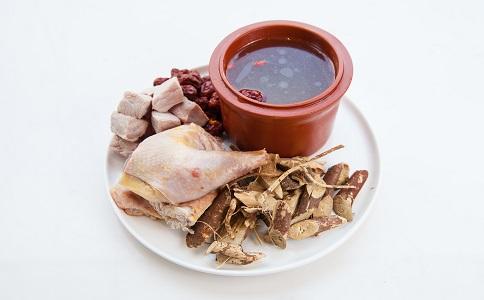 健康豐胸的方法有哪些 豐胸煲湯食譜吃什麼 豐胸食物有哪些
