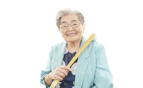 老人關節易受損的動作如何緩解關節疼痛老人關節疼痛怎麼辦