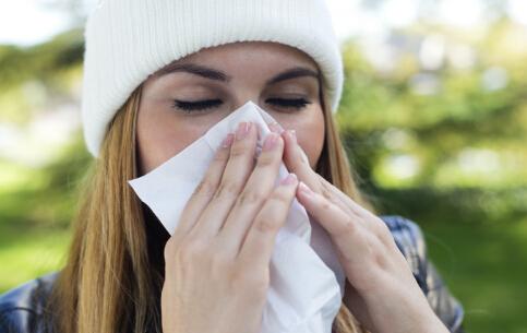 擤鼻涕擤出中耳炎 擤鼻涕的正确方法 擤鼻涕的方法