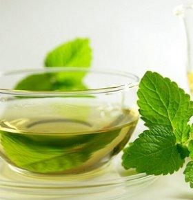 绿茶能去脂肪 十种健康食物