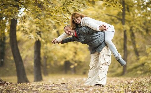 老年夫妻如何相處老年夫妻的相處之道老年夫妻吵架怎麼辦