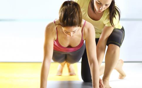 为什么做俯卧撑能引起气胸 做俯卧撑导致气胸 气胸的治疗方法